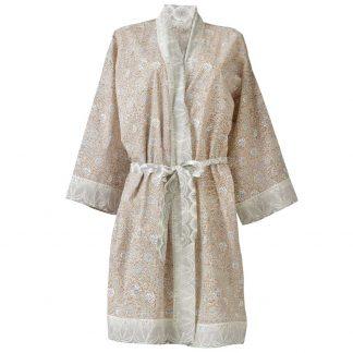 Kimono-nude-bungalow